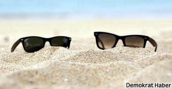 Gözlerinizi güneşten korumak için iyi bir gözlük seçin