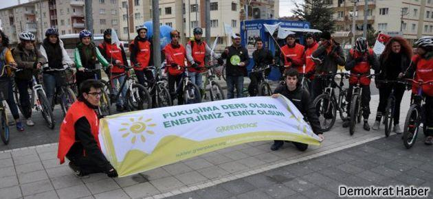 Greenpeace Fukuşima'da ölenleri andı