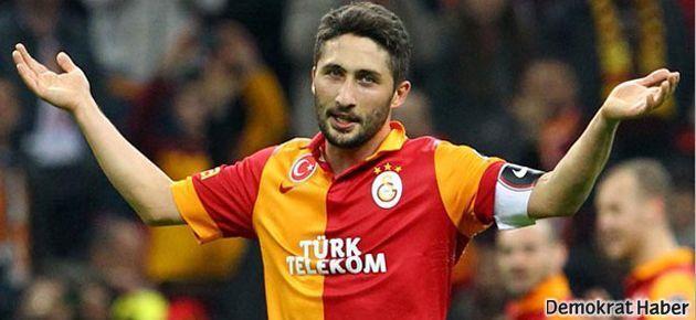 Galatasaray'da Sabri Sarıoğlu affedildi