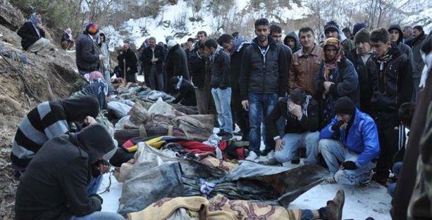 Gül'e Roboski çağrısı: Katliamcılarla aranıza mesafe koyun
