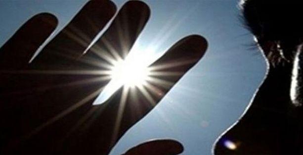 'Güneş sadece cilde değil, göze de zararlı'