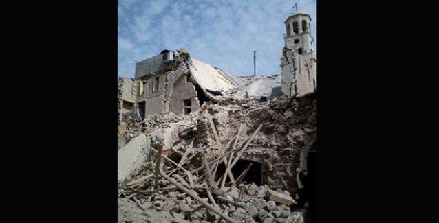 Halep'in en eski Ermeni Kilisesi bombalandı