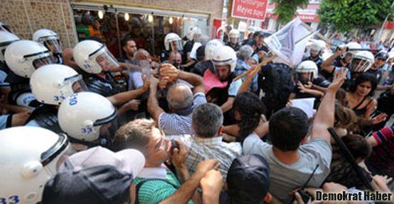 'Harç' eylemi yapan öğrencilere gözaltı