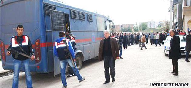 Hasta tutuklulara ring aracı işkencesi