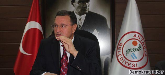 Hatay Belediye Başkanı AKP'den CHP'ye geçti