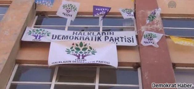 HDP binasına taşlı saldırı!