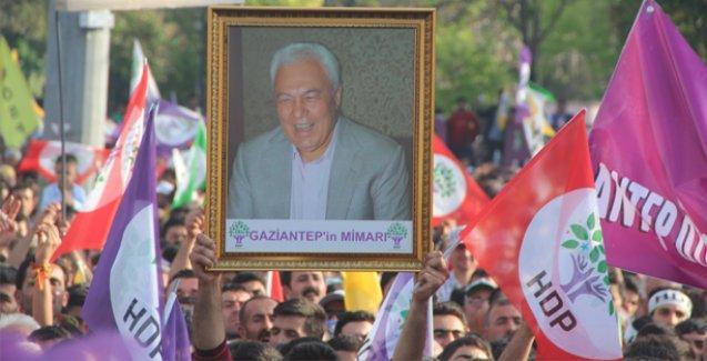 HDP'nin Antep mitinginde 'her biji Celal Doğan' sesleri