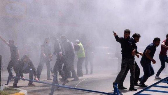 HDP'nin Erzurum mitingi öncesi saldırı