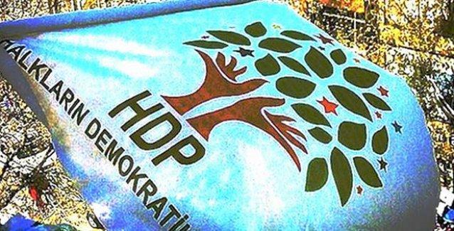 HDP seçim bürosuna 'Öcalan posteri' baskını: 6 gözaltı!