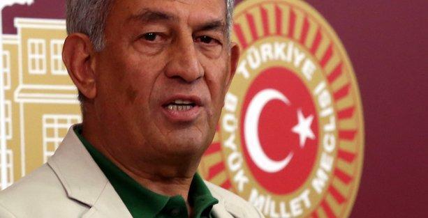 HDP'li Çelik: Metiner'e, Ensarioğlu'na parti kursun, onlarla müzakere etsin!