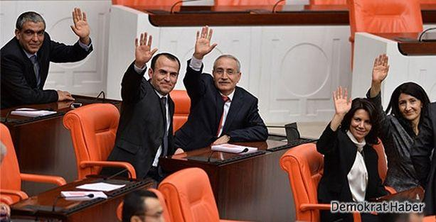 HDP'li vekillerden, MHP'li Alan'ın tahliyesine destek