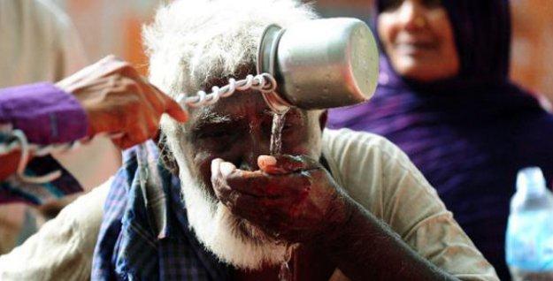 Hindistan aşırı sıcaktan kavruluyor: Ölü sayısı 2 bin 200'ü aştı