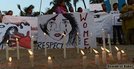 Hindistan'da binlerce kişi tecavüze karşı sokakta