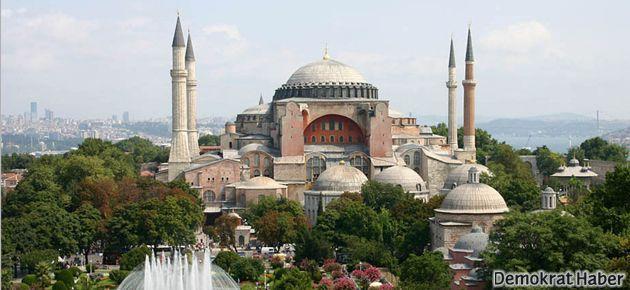 Hıristiyanlar: Ayasofya Müze olarak kalmalı!
