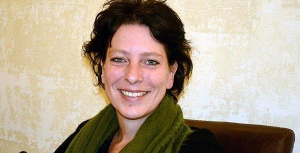 Hollandalı gazeteci 'terör örgütü propagandası' suçlamasıyla gözaltına alındı