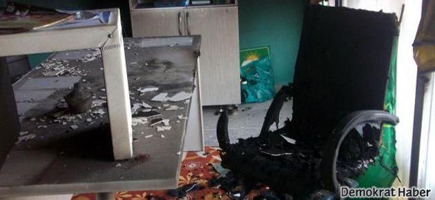 Hüda-Par ofisine ve BDP binasına molotof atıldı