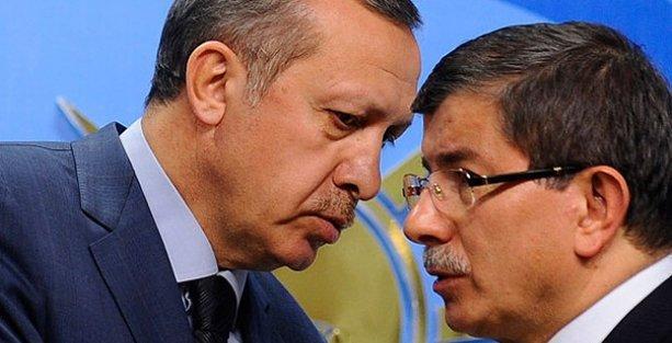 Hukukçulardan Erdoğan ve Davutoğlu hakkında suç duyurusu