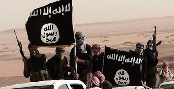 Hutbe'de IŞİD'i öven müezzin mescitten polis korumasıyla çıkabildi