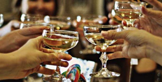 İçkiye ödenen paranın yarısı devlete gidiyor