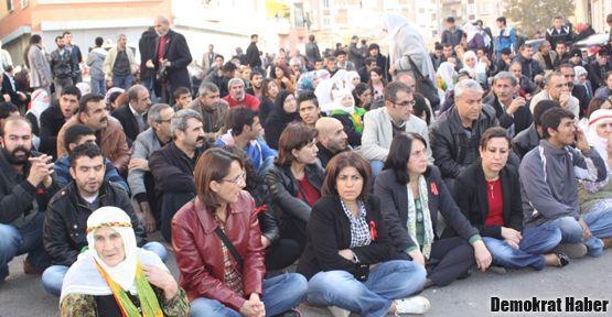 İHD: Diyarbakır kuşatma altında