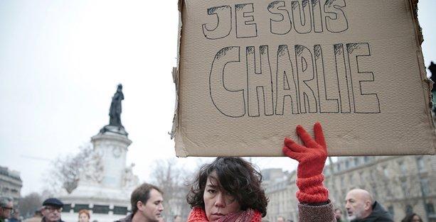 İHD: Radikal gruplar dini kalkan olarak kullanıyor