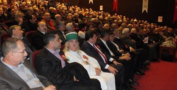 'İktidar Alevileri oyalayarak oy devşirmeye çalışıyor'