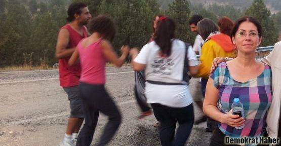İlkay Akkaya da Barış Yürüyüşü'ne katıldı