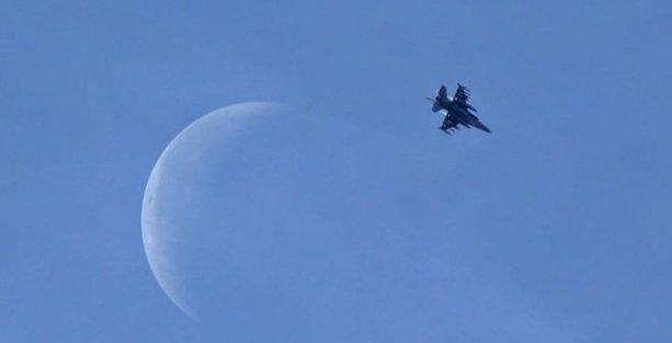 Independent: Türkiye'den Suriye'ye gece uçuşları yapılıyor