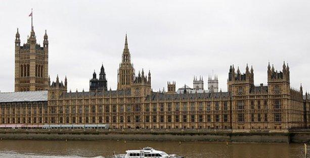 İngiltere parlamentosunda Filistin Devleti oylanıyor