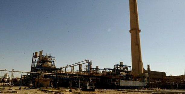 Irak ordusu, IŞİD'in kuşattığı Beyci rafinerisine girdi