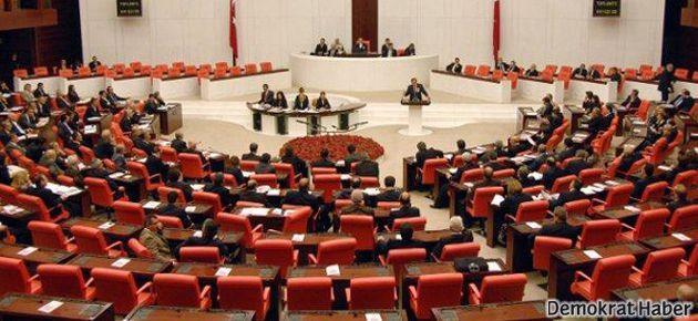 'Irak tezkeresi'ne AKP, CHP ve MHP'den onay