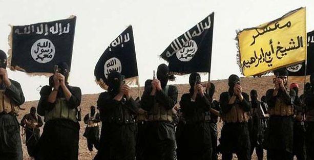 Iraklı Hristiyanlar Musul'dan kaçıyor