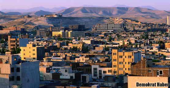 İran'da deprem: 87 ölü