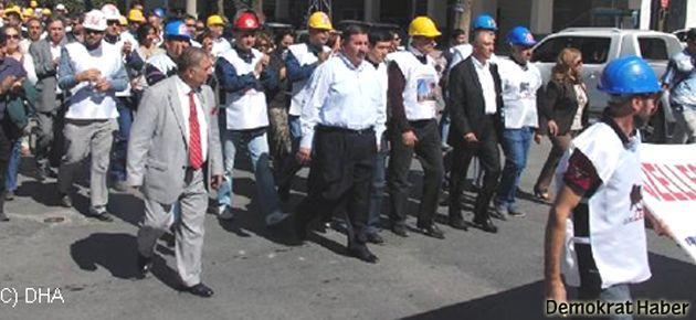 İşçilerden özelleştirmeye karşı Ankara yürüyüşü