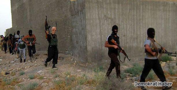 IŞİD, 20 askeri kaçırıp infaz etti