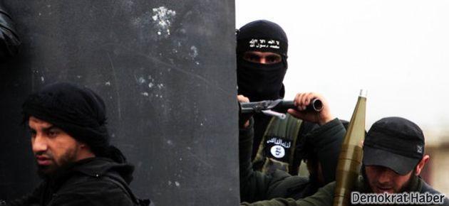 IŞİD bir merkezden daha çekildi