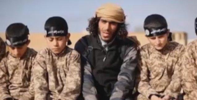 'IŞİD, elindeki 500 Ezidi çocuğu cihatçı olmaya zorluyor'