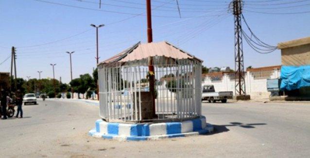 IŞİD'in ardından vahşetin izleri: Tel Abyad'ın orta yerinde 'cehennem kafesi'