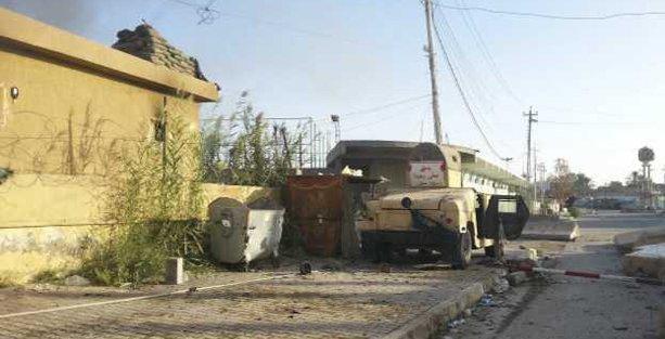 IŞİD Irak'ta ilerliyor, binlerce kişi evini terk ediyor
