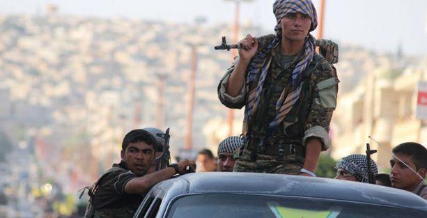 'IŞİD, Kobani'yi ele geçirerek demokratik özerklik projesini çökertmek istiyor'