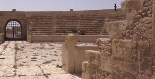 IŞİD Palmira antik kentini havaya uçurmaya başladı iddiası