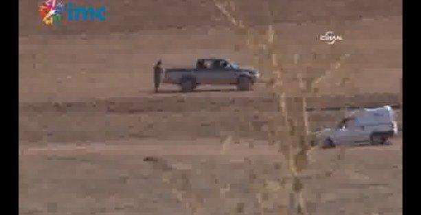 IŞİD sınırdan geçerken bir kez daha görüntülendi!