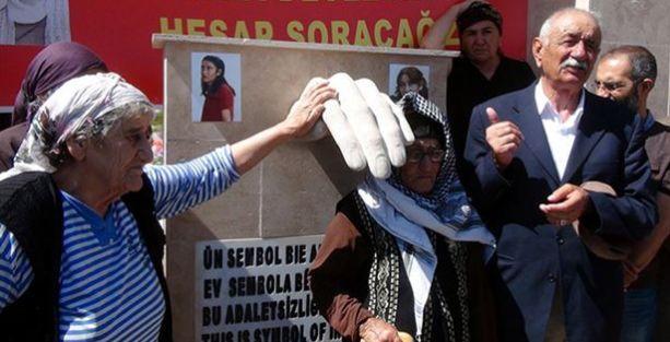 Dersim'de işkenceyle öldürülen kadına anıt mezar