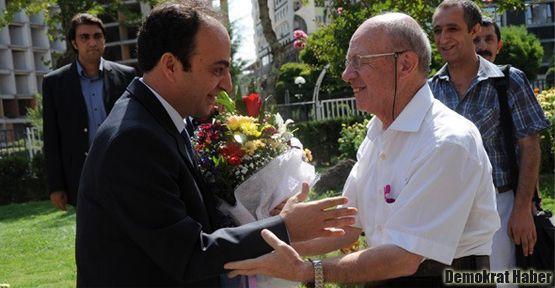 İsmail Beşikçi Diyarbakır'da