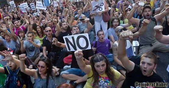 İspanya'da işsizlik rekor kırdı