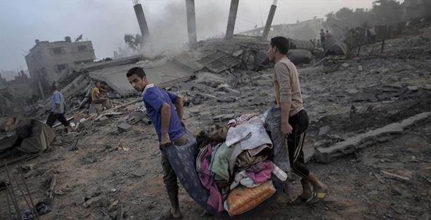 İsrail Gazze'de 13 katlı binaya hava saldırısı düzenledi