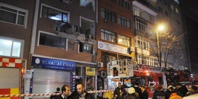 İstanbul'da Adımlar Dergisi'nin ofisinde patlama