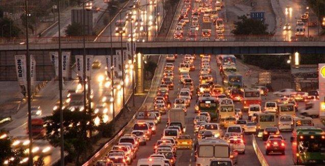 İstanbul'da bazı yollar 3 gün trafiğe kapalı
