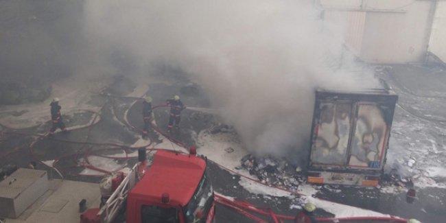İstanbul'da kimyasal madde yüklü tanker patladı, 2 kişi yaralandı