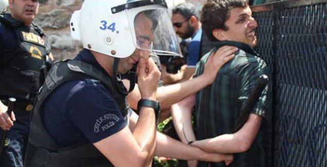 İstanbul Üniversitesi'ndeki Kaypakkaya anmasına polis saldırdı, gözaltılar var